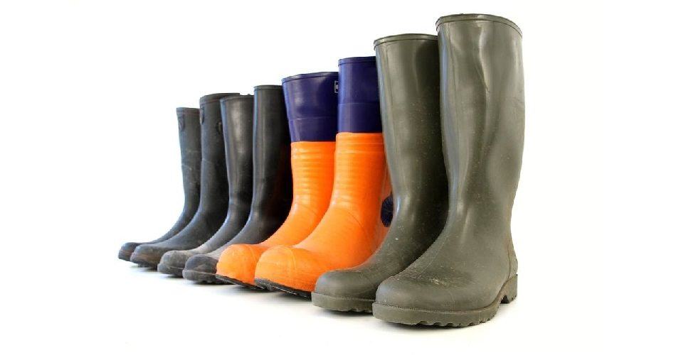 Why Choose Rubber Boots for Hunting
